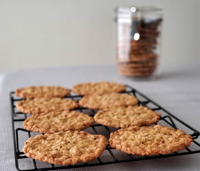 Salted Thin Crispy Oatmeal Cookies Jar